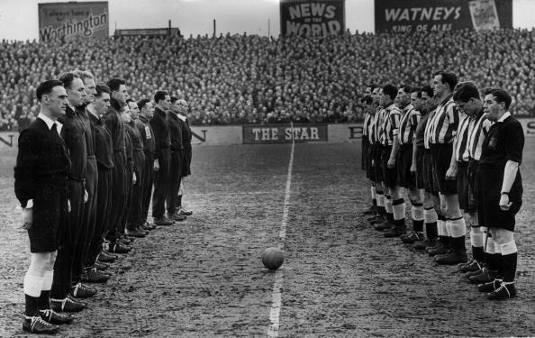Vintage Newcastle - legendarne utakmice BfqmzyzCcAAtofd