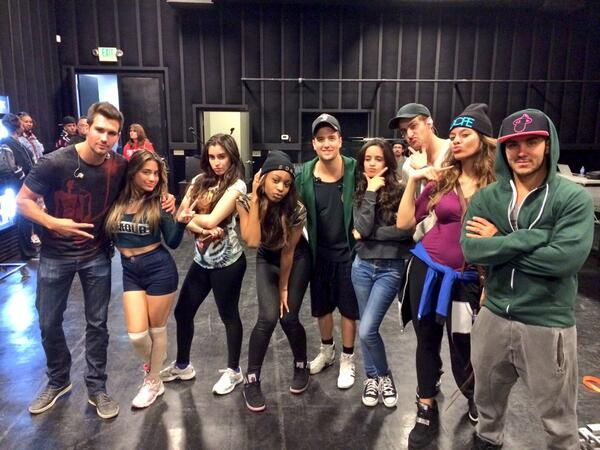 Got to hang out with our friends @FifthHarmony in the studio today! http://t.co/LelnJbwAmQ