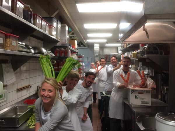 Huge THX to our incredible partners who volunteered their time to prep veggies for our #CupOfCare program! Day1 done! http://t.co/ItyufQ5Da0