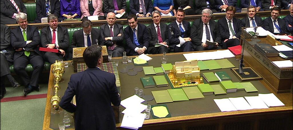 .@UKLabour tweeting pic of Tory front bench today: http://t.co/suzobnDg31 It's a pretty powerful image of a male-dominated party