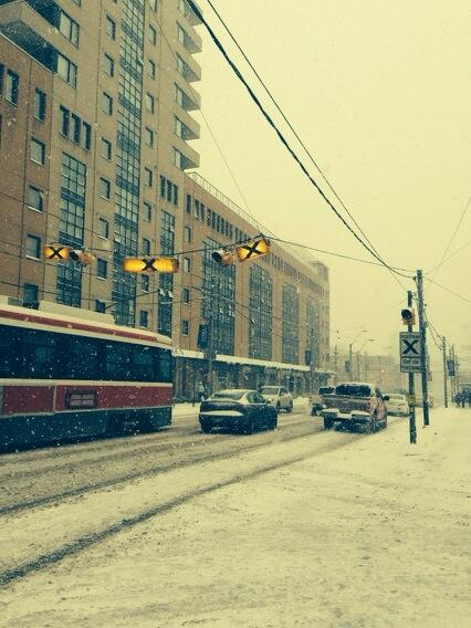 I have to say, the Montrealer in me is loving this snow. #citystorm #beautiful http://t.co/CRFX88QiwY