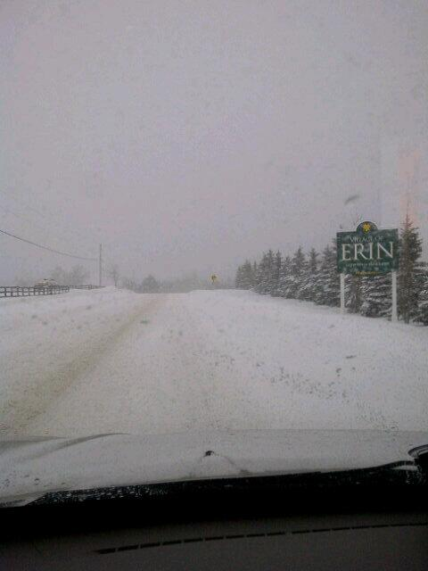 Holy crap! Welcome to the @TownofErin @680News #680storm @WellyAdvertiser http://t.co/efeKCB5NEX