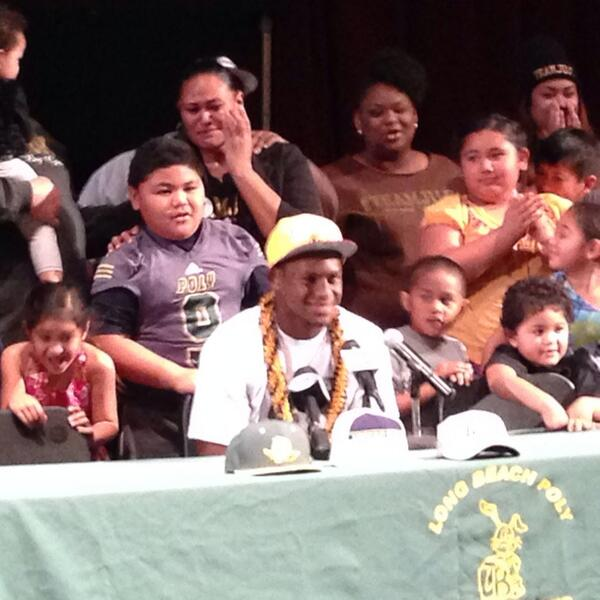 Long Beach Poly S Juju Smith commits to #USC http://t.co/N67zuOEyTf