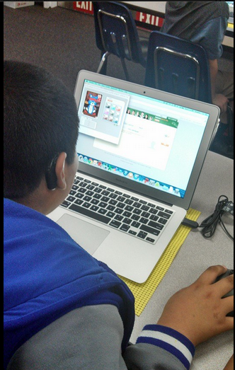 Making Avatars with @maasruth Period 6. Loving #Make4DLDay #DLDay  creating creators, not just consumers #sdawp #nwp http://t.co/VT7vYjkweY