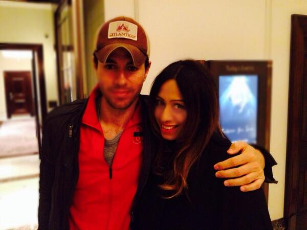 Great evening...so lovely chatting with Enrique Iglesias @enrique305 , what a lovely person x http://t.co/wL9VCIZtnb