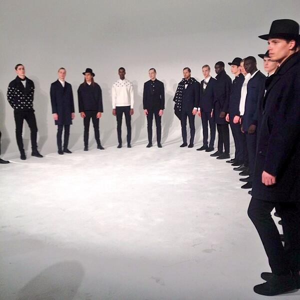 RT @RaVishNY: Stunning pieces from #CarlosCampos #fw14 #NYFW http://t.co/nJKTEfjjSW