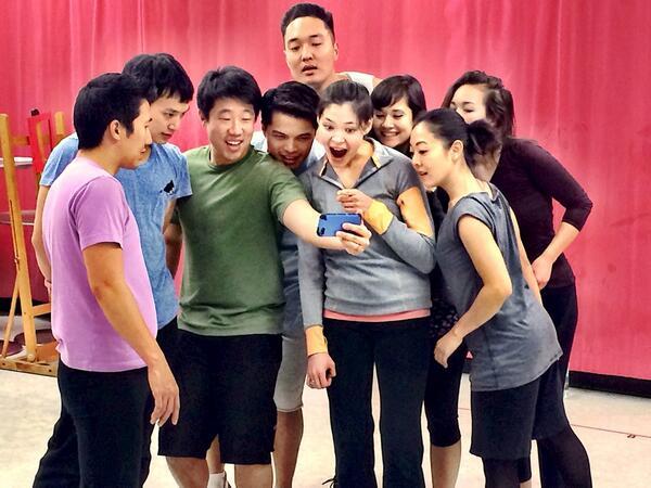 We work really hard during rehearsal :)   #BehindThePainting #YouTubeVideoBreak http://t.co/pstk7kbEw9