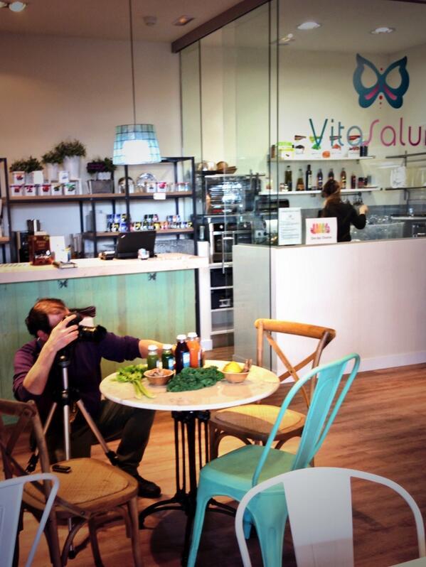Gracias @lamoralejacom por la sesión de fotos de #vitasalum :) http://t.co/pYyrWajMEG