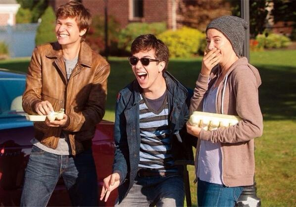 OH MY GOD LOOK AT THEM AUGUSTUS AND ISAAC AND HAZEL AND OH GOD http://t.co/o50zSRXBqe