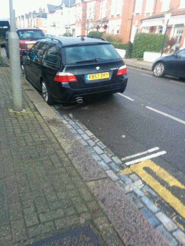 KB57 ZKY displaying Selfish Parking