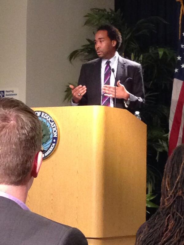 @MrDavidJohns discusses the educational excellence AA children bring to school! #AfAmEdChat http://t.co/j8rNgKoFjy