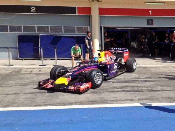 Sebastian Vettel, Test F1 Bahrain