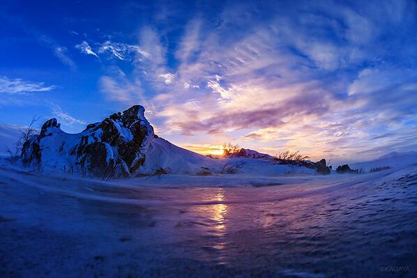 北極圏を進みます。壮絶で幻想的な光景が続きます。 pic.twitter.com/jQjKaNNosA