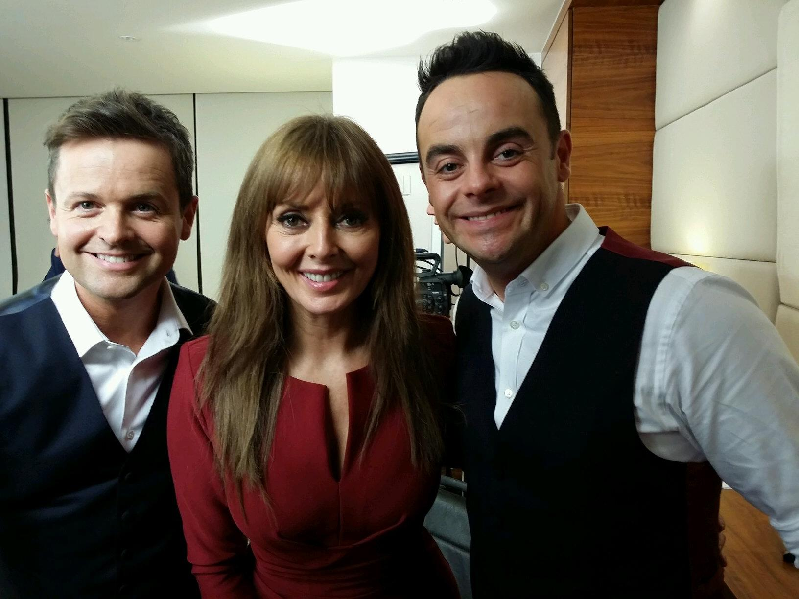 Have had a funny lunchtime with the boys xx watch Takeaway on Saturday night xx http://t.co/ReS8uP0CwE