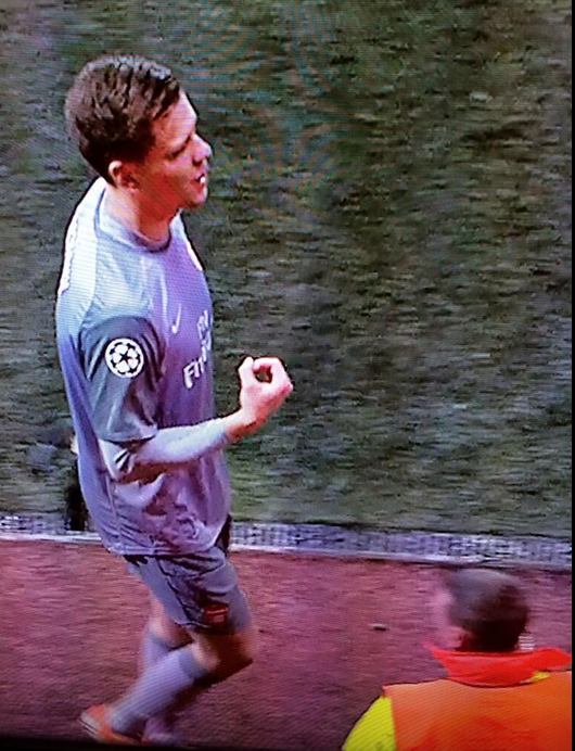 Arsenals Wojciech Szczesny did the w*nker sign to the officials after being sent off against Bayern Munich