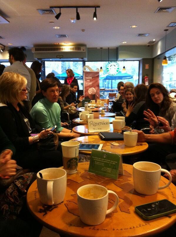 Estupendo encuentro con cata de café inesperada. #MAMOOCafe #MOOCafe http://t.co/MrfCAnc5hS