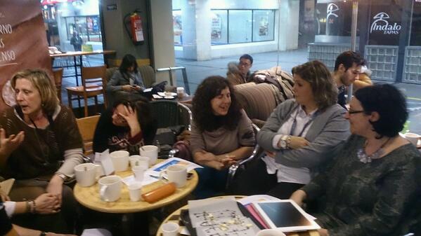 Otro grupo de #MaMoocafé #Madrid #Moocafé. Lástima no haber participado en los tres #EduPLEMooc @eduPLEmooc @mjgsm http://t.co/hJFi6F1EhL