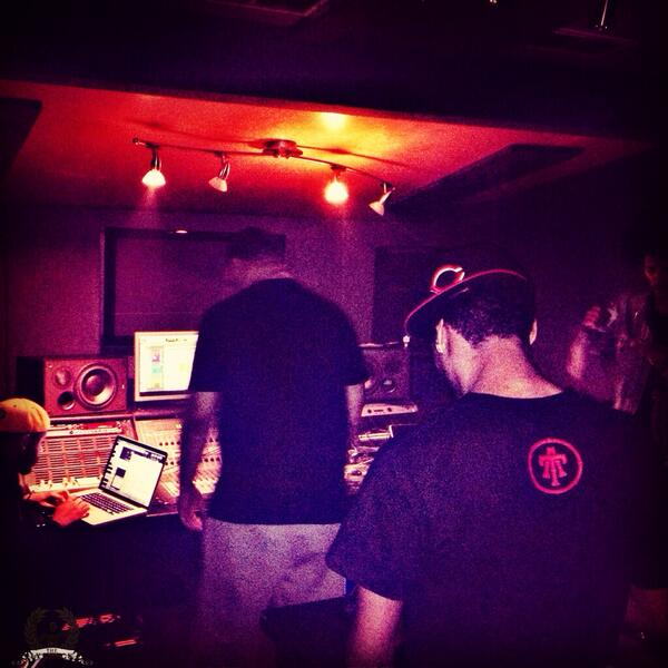 In the lab with @thatboycurtis at DTP http://t.co/LoR1XvAcT7