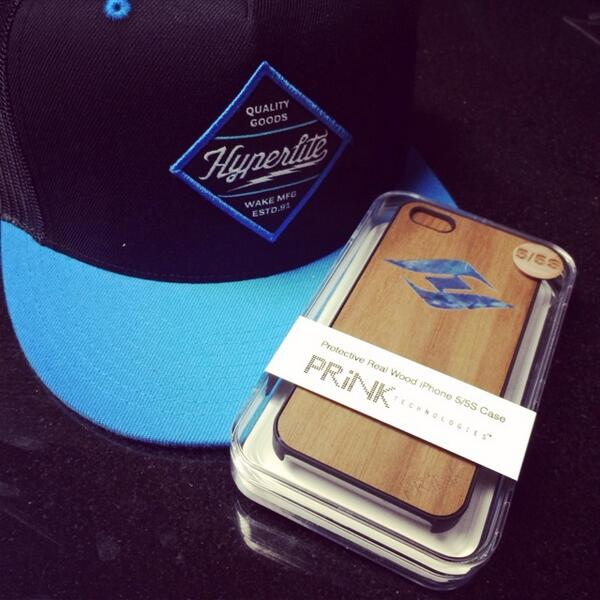 Check it out, they're finally here, our custom PRiNK Tech / Hyperlite Cases! http://t.co/LInpgXFp1Q Available Now