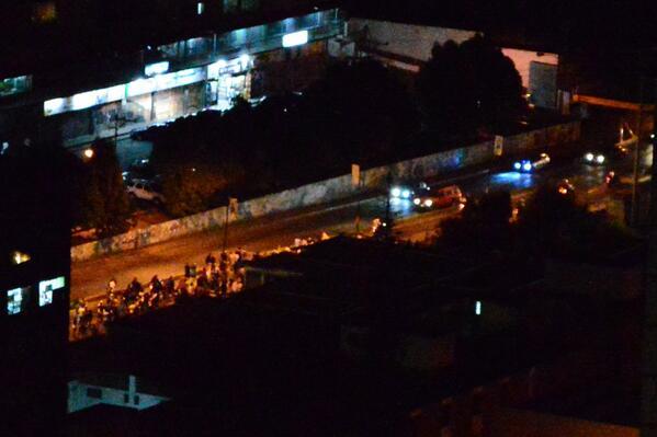 via @Harigan3:  Marcha por la Av. Perimetral d San Antonio 20:30 http://t.co/gz0zBnz919 #20F #Miranda