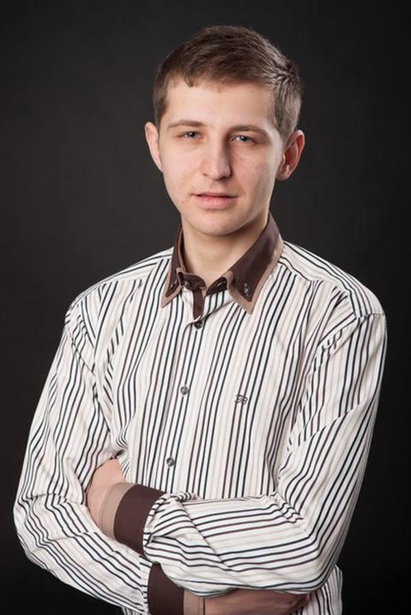 Igor Kostenko: 1992 - 20/02/2014. He died at #Euromaidan today. He was young and brave |PR #Ukraine #Kyiv http://t.co/UOvIbgmzaR