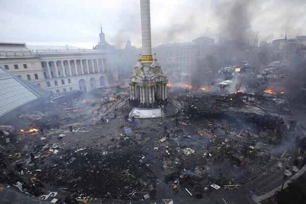 Just heartbroken by what's happening in the Ukraine... Please take time to pray for them tonight. #PrayForUkraine http://t.co/74QDZG2z7s