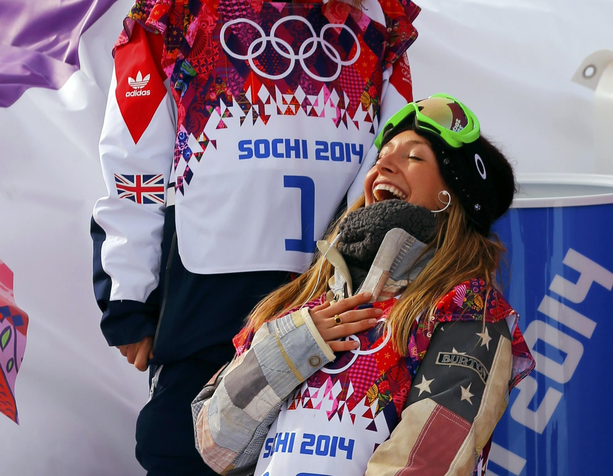 Photo: Jamie Anderson completes USA's gold-medal sweep in snowboard