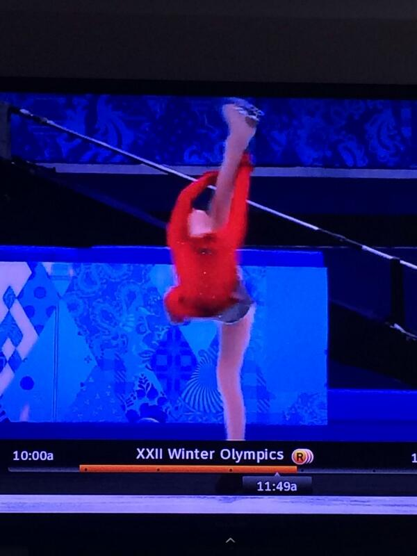 How is this even possible, I'm pulling for USA but Yulia Lipnitskaya has them beat, she is unreal! #Olympics2014 http://t.co/ejgUxP1ZZ4