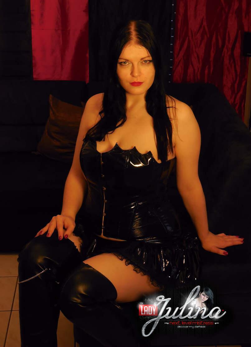 TW Pornstars - Domina Lady Julina. Twitter. #domina #