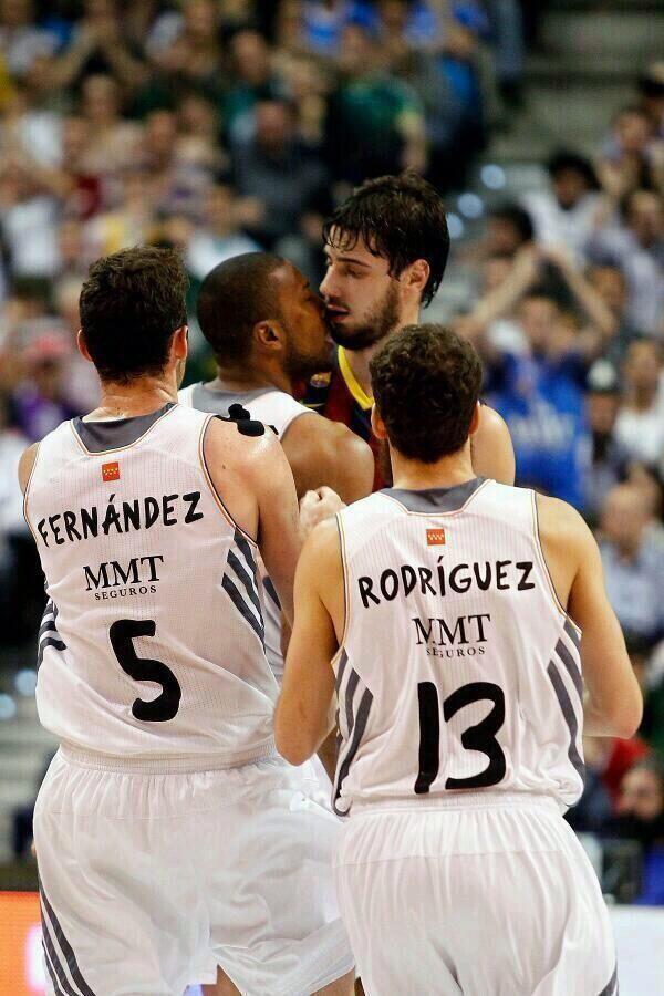 Copa del Rey Baloncesto (Málaga del 6 al 9 de febrero de 2014) - Página 13 BgDnc-oIAAA1DbA