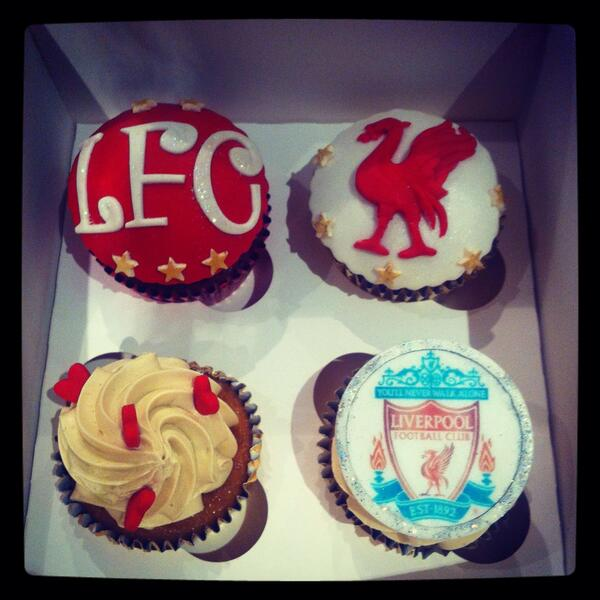 @empireofthekop Someone's gotta order you these surely? ;) #LFC http://t.co/v8iFb4WhHO
