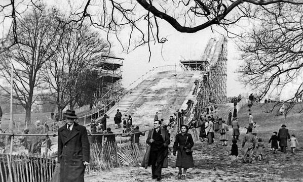 Ski jumping on Hampstead Heath. It really happened. Twice. http://t.co/gfJagBur3L http://t.co/SbLwkU3NFx