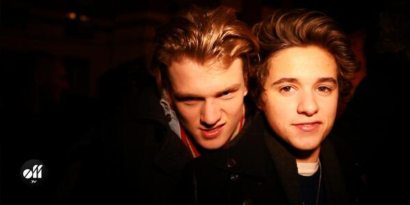 #video @TheVampsband met le feu à Paris, suivez leur journée: http://t.co/RnfAkCXER3 #thevampsinparis http://t.co/J6v5M6iA1r