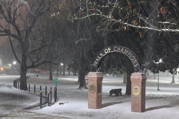Wow, awesome shot of Walk of Champions on @OleMissRebels campus, great shot @ConnorHennes / snow http://t.co/fFbrmXoPHj