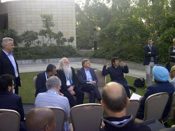Business exec discuss sustainability, certification & agroforestry. Focus on smallholder engagement - #WCA2014 #pefc http://t.co/GIZPpD16Oq
