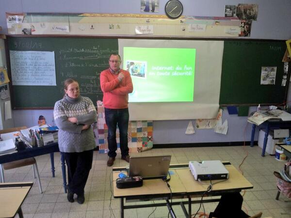Première expérience du #saferinternet day pour mes collègues. #lifeatbelgacom #sid2014 http://t.co/iutiy3fk1O