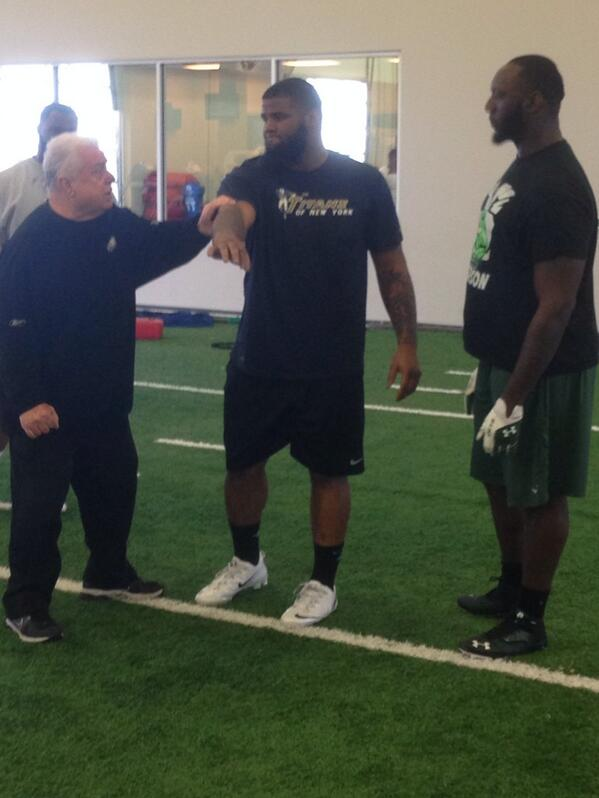 No off days for @mowilkerson & @Godforshort - working out with Coach jenkins. I know @Kcoach99 is proud. #jets #nyj http://t.co/fUJSZBUWpz