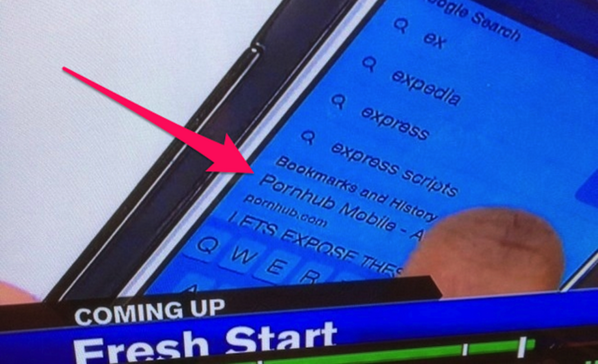 """@Gizmodo: Always clear your browser history before going on TV http://t.co/9LDJ6XdfMz http://t.co/QiVRbLEqQU"" what's wrong w that? Haha"