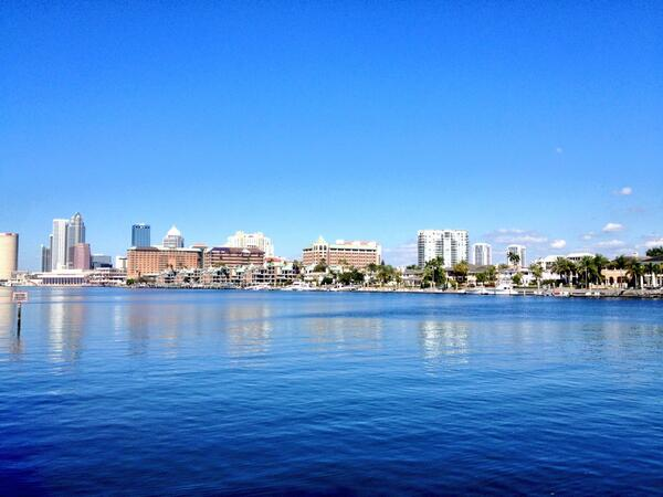 No chance of snow or sleet here in sunny #Tampa. Bout 76 & a beautiful day! @VisitTampaBay http://t.co/yOOFe6Jkdr