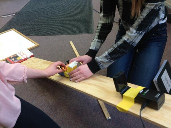 Learning about GoMotion motion-capturing and sending action figures down an inclined plane at #dlday #vted http://t.co/pmPb0FfeMX