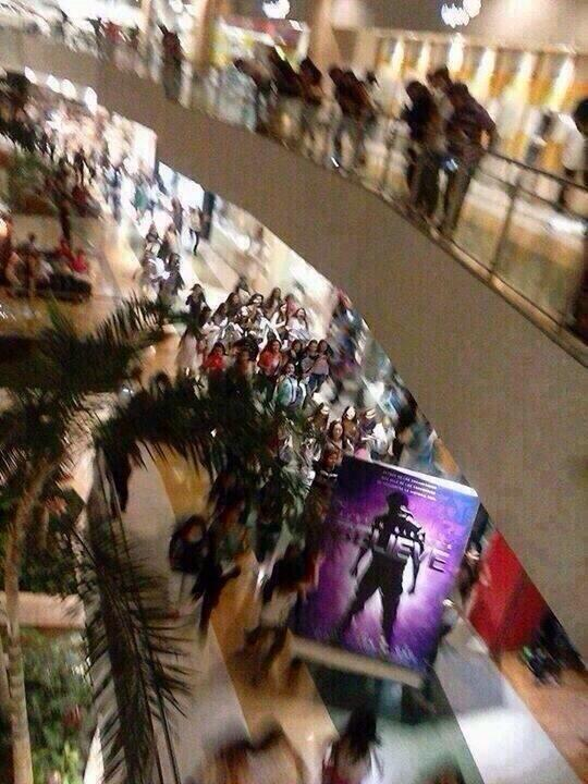 That's how you do it! #BEASTMODE RT: @BelieberOfLA They're all running cause they stole the believe movie poster http://t.co/5ouMhrVn89
