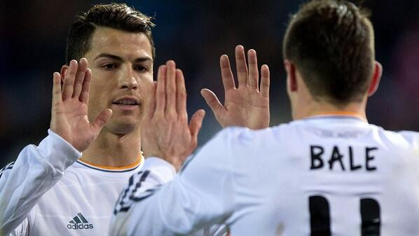 Real had it so easy v Atleti, Ronaldo & Bale had time for some hand clapping nursery rhymes