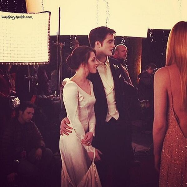 Added*New BTS wedding photo, Breaking Dawn Part One |   BTS Picture BD1 - Rob, Kristen http://t.co/BsK8TfvOmk http://t.co/T7F2JSrJAt
