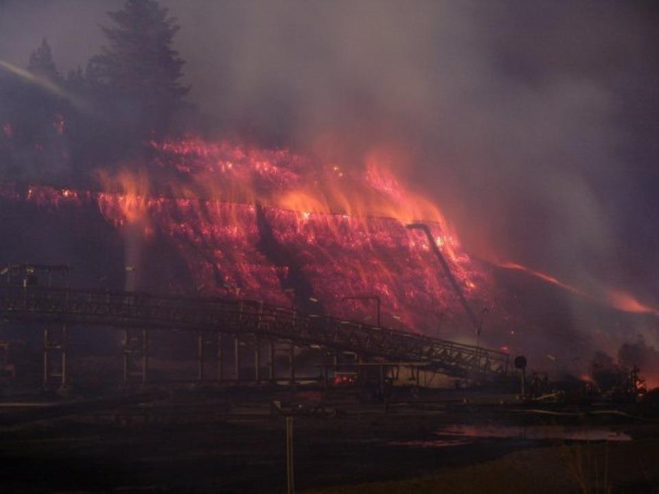 Twitter / bencourtice: Terrifying: Hazelwood #coal ...