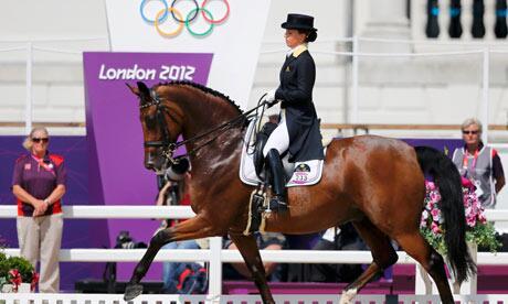 Concorso Arezzo di Equitazione: Valentina Truppa cade da cavallo, è grave