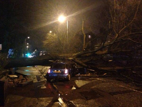 Barlow Moor Rd Didsbury Manchester. Don't travel if not a necessity. http://t.co/Yl7awMNBRG