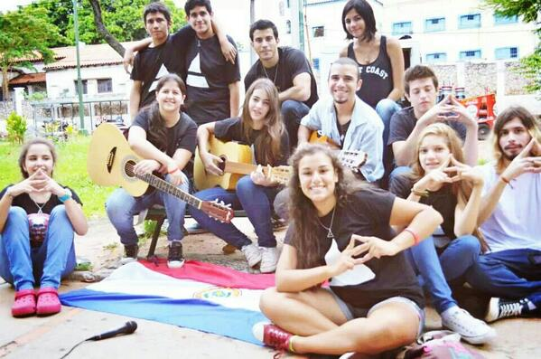 Paraguayan Echelon during the recording of the K&Q cover #MARSinPARAGUAY #TRIADalert @30SECONDSTOMARS http://t.co/JxpD10lKL4