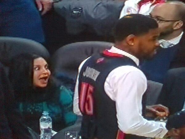 This woman LOVES @iamamirjohnson's vest. Or she is easily startled. 50/50. @Raptors #rtz http://t.co/ejDC3z60W1