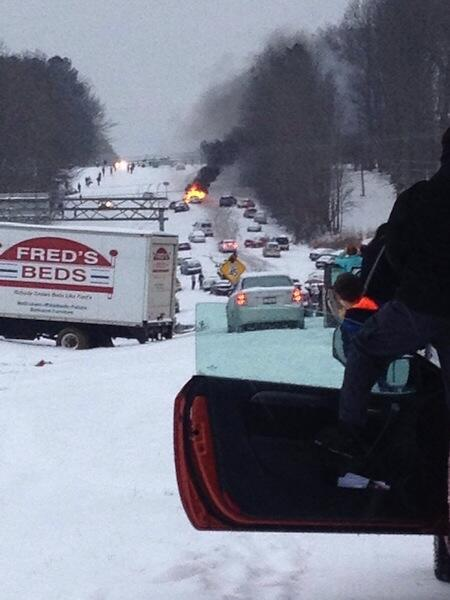 Raleigh does not like snow! Look at this!... it's like a movie or something!... http://t.co/e0dRQUKD0U