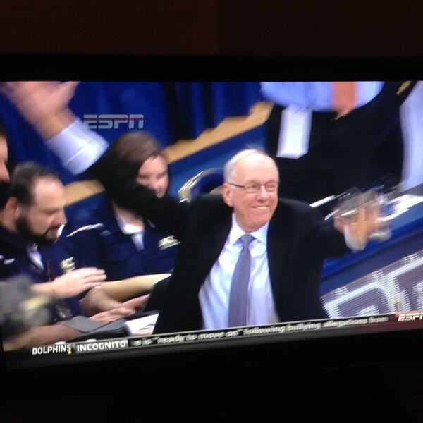 He smiles!!! RT @deafgeoff Syracuse FTW! Jim Boeheim's face was priceless: http://t.co/imvWuF5eky